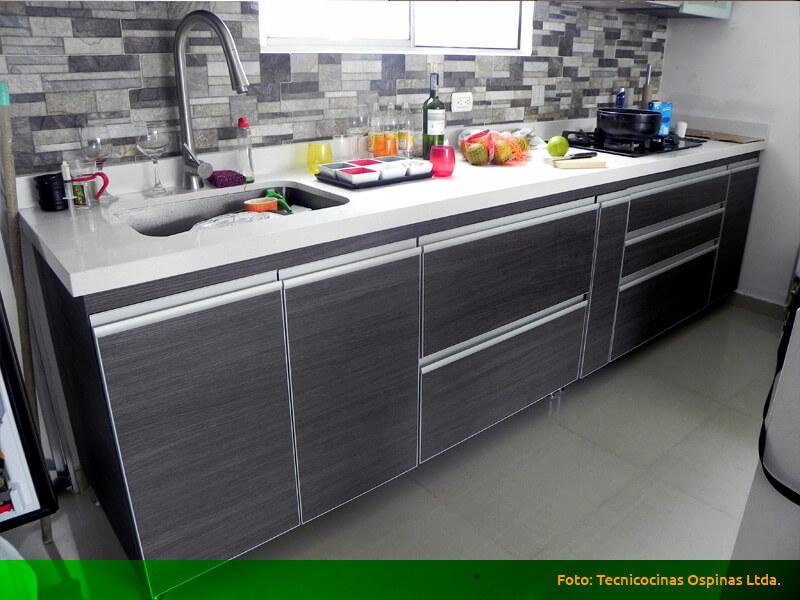 Cocinas integrales realizadas en f rmica con dise o moderno for Muebles de cocina de aluminio
