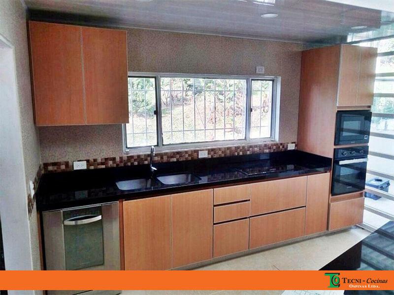 Cocinas integrales realizadas en f rmica con dise o moderno - Cocina aluminio ...