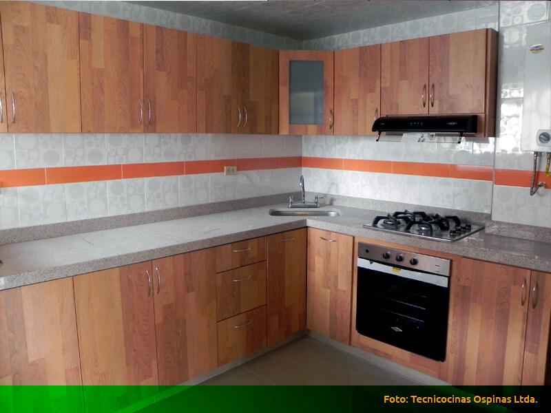 Cocinas integrales realizadas en f rmica con dise o moderno for Formica madera