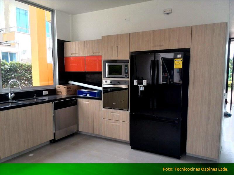 Modernas cocinas integrales fabricadas en termolaminado.