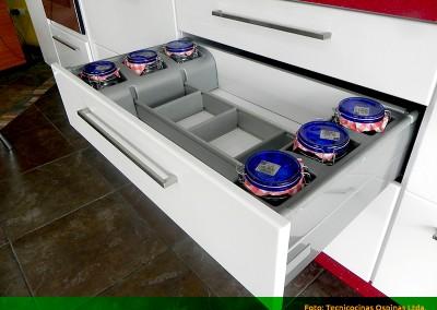 Cajón divisor de envases.