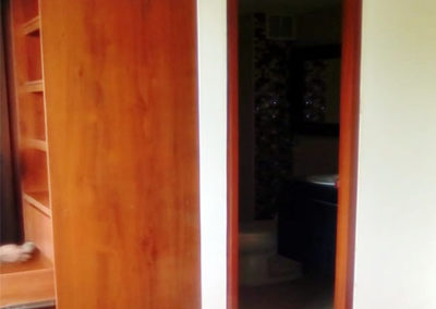 Closet y puerta en madecor