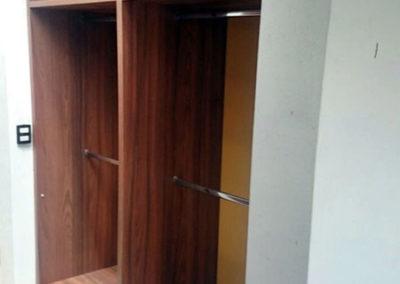 Closet en madecor diseño personalizado - vista interna