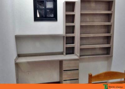 Mueble personalizado tipo estudio en madecor