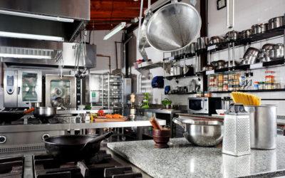 ¿Qué electrodomésticos básicos necesito en mi nueva cocina integral?